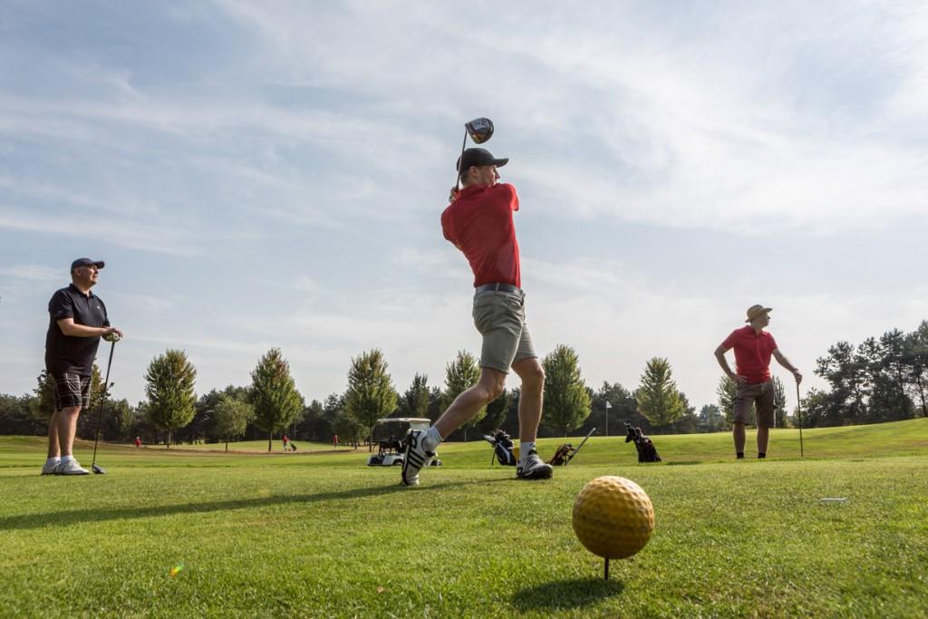 Bedrijfsreportage gemaakt tijdens een bedrijven uitje op de golfbaan van Tilburg